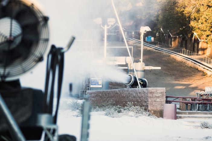 snowmaking-3199.jpg