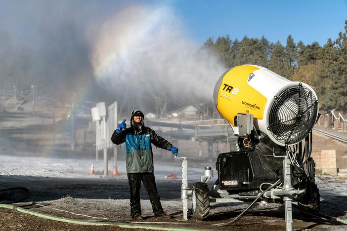 20210012-First-Snowmaking-of-Season_048-copy.jpg