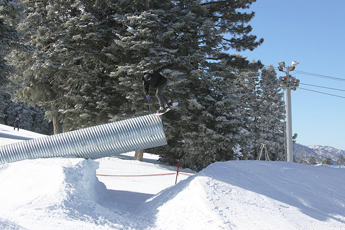 Nick Guin on his way to 1st place in the Roots, Rhythm, & Rails Contest.