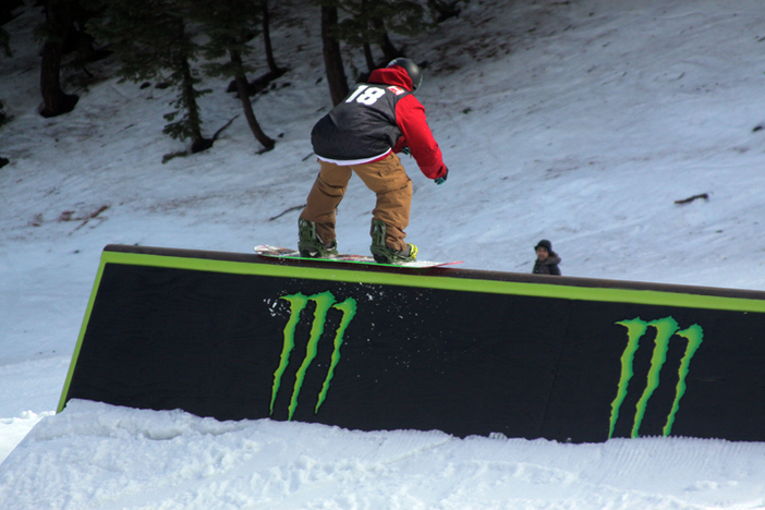 Sick 50/50 on the new Monster Doghouse.