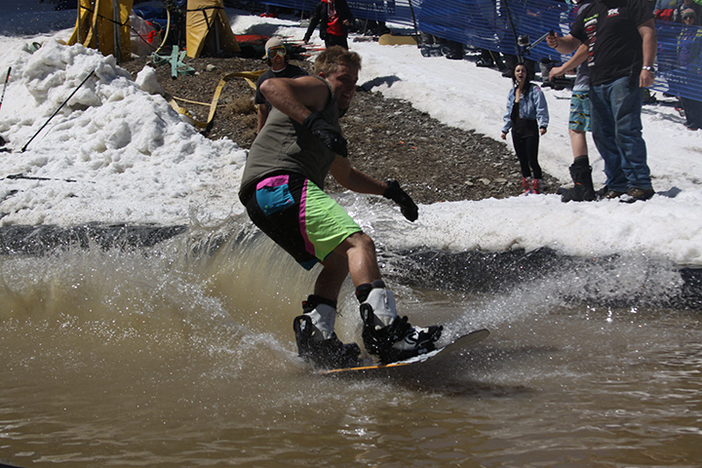 Pond skimming is back!