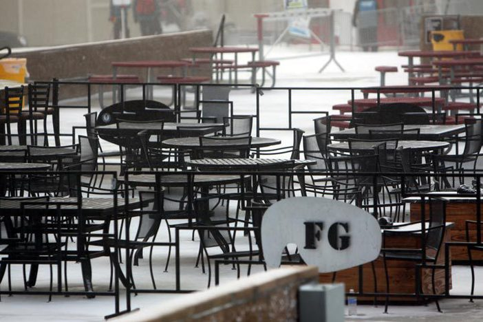 Fresh snow falling on the Foggy Goggle.