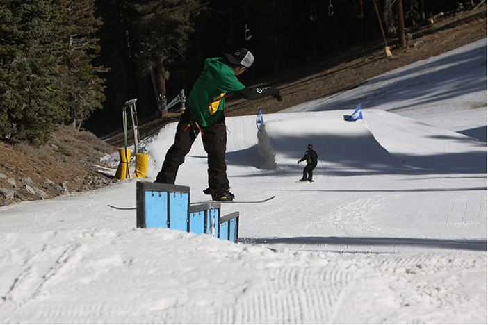 Fronboarding the Triple Sec Rail.