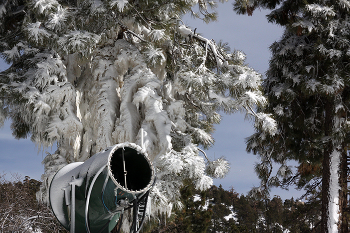 More snowmaking and snow on the way!