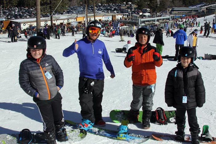 Thinking about learning?  Mountain High offers beginner lessons every day at 10am and 1pm.