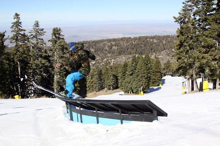 Check out the new C Box top of Borderline.