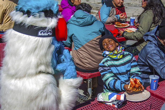 Yeti sharing a laugh over some pizza. #haveyouseenhim