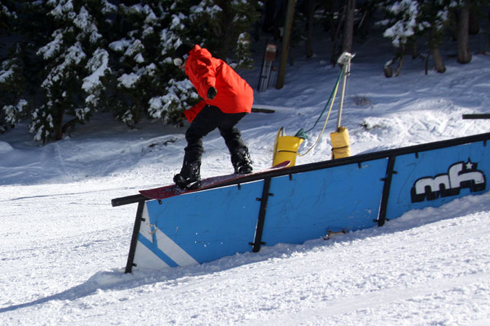 Casillo stomping the down rail on Lower Chisolm.