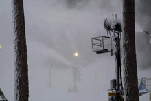 Snowmaking is expected to continue throughout the day so please dress warmly.