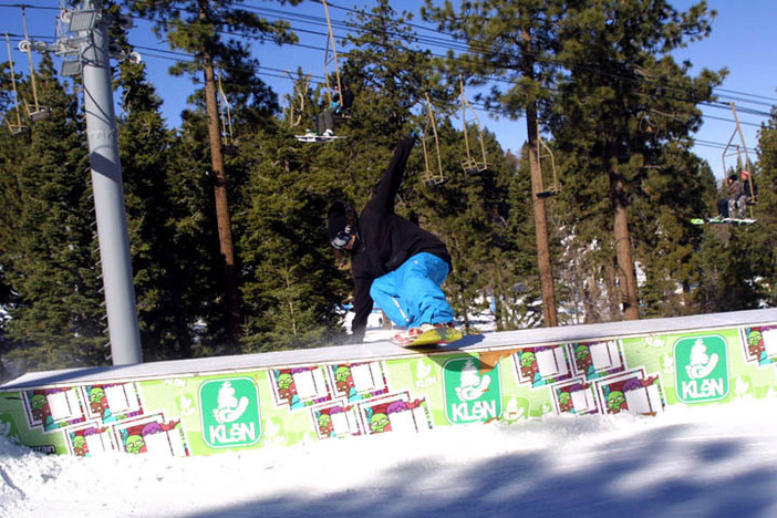 Smooth tail slide on the Klen Box.
