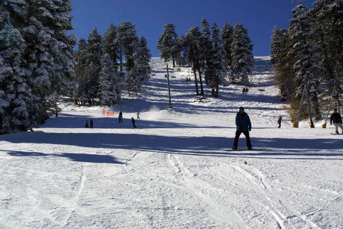 Make plans to spend your winter break at Mountain High!