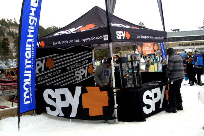 Spy was offering up some sweet goggles to demo!