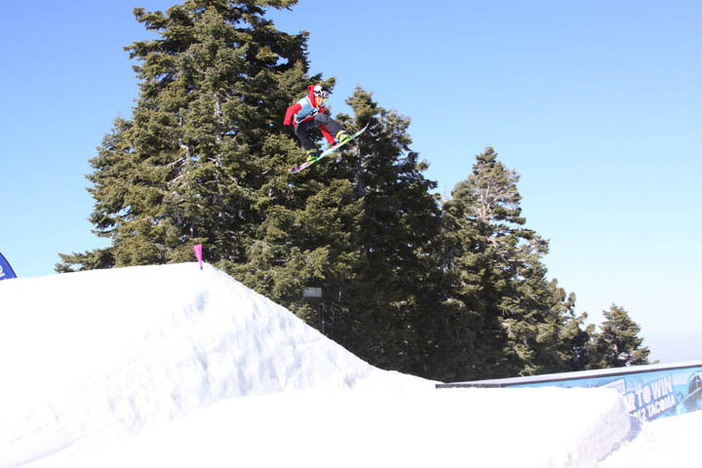 He's going bananas again in yesterday's USASA Slope-Style competition!