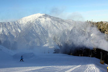 Old man Winter has returned with fresh snowmaking top-to-bottom at West.