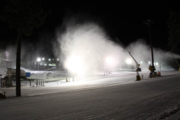 Snowmaking underway overnight at both the East and West resorts.