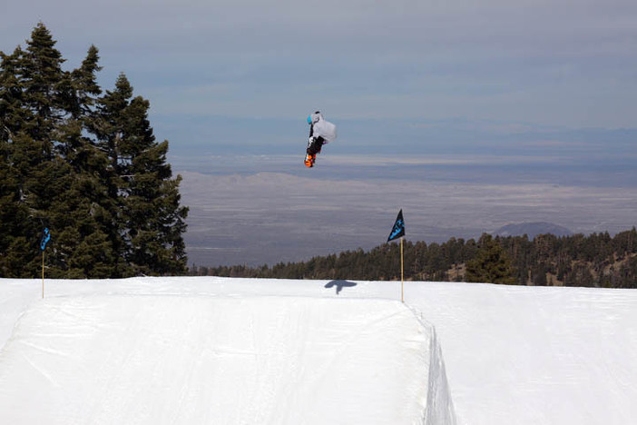 Cory Cronk airing over the first table on Pipeline.