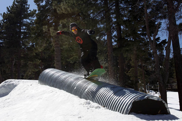 Trever Haas tail pressing the new Corrugated Tube in the Playground.