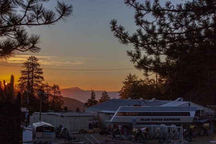 Sunrise over the Blueridge Express