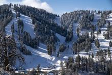 20191121_Fresh-Snow-Blue-Sk.jpg