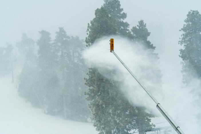 19 11 27 heavy snow _4.JPG