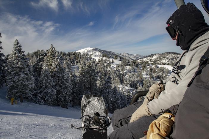 20190113_MHW_Sunny Fresh Snow_Karen Nadalin_Mike Jennings_Canon 7D_0041.JPG