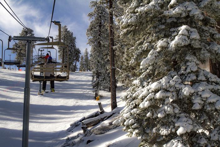 20190113_MHW_Sunny Fresh Snow_Karen Nadalin_Mike Jennings_Canon 7D_0138.JPG