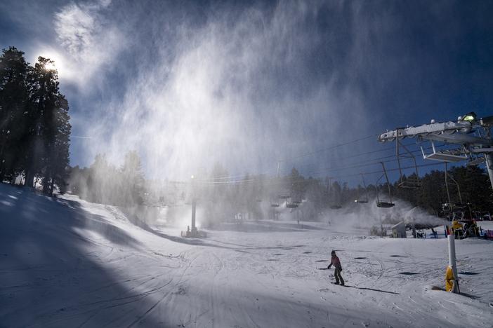 20191216 Snowmaking at MHW by Dennis Nadalin PHOTOS0040.jpg