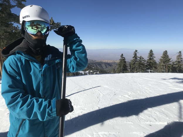 Park Staff looking steezy in their ThirtyTwo Jacket and Pants, VonZipper Goggles, and Blackstrap facemask.