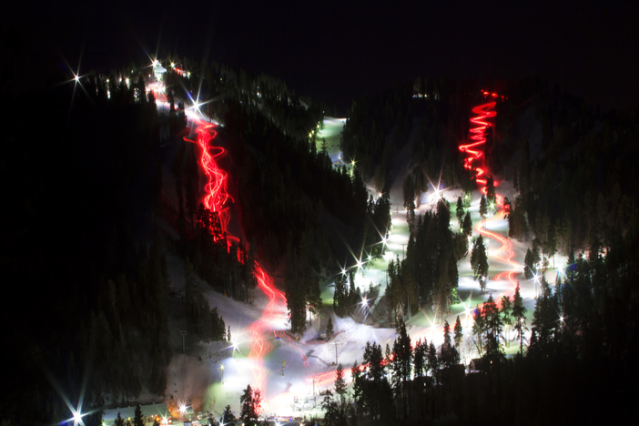 Tonight at 6pm, the Torchlight Parade will be descending the mountain and illuminating the trails.
