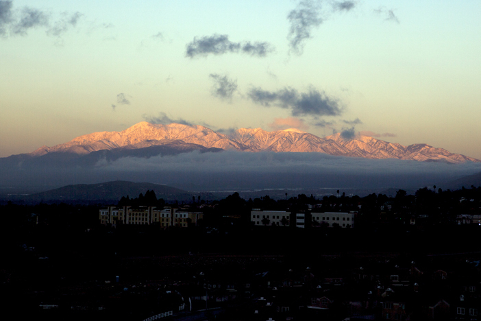 20170121_San Gabriel Mountains snowy sunrise.jpg