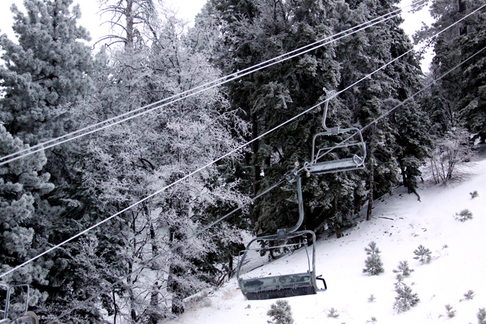 6 inches of new snow overnight.