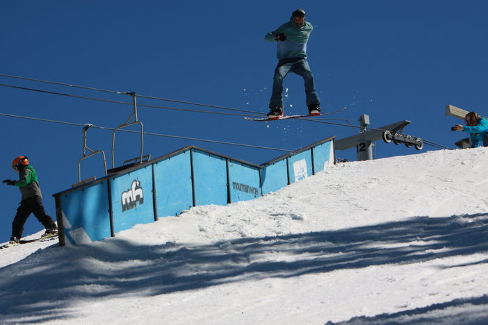 Gap to Boardslide by @DonovanCGibson