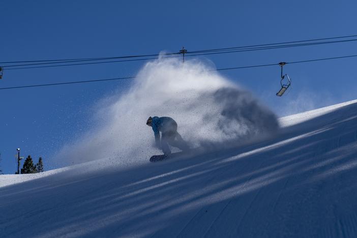 20200219 Machine Groomed Snow Tyler Shippy Reno sprays_055