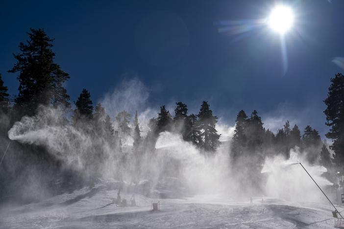 20191216-Snowmaking-at1.jpg