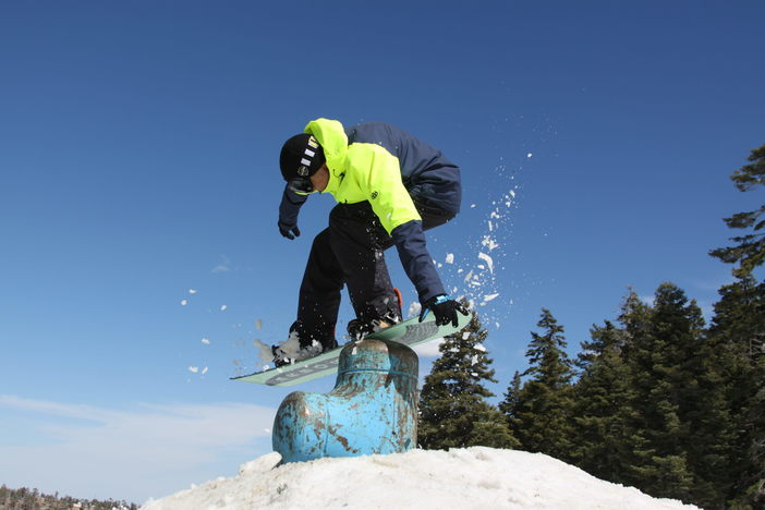 Tail grab on the fire hydrant bonk.