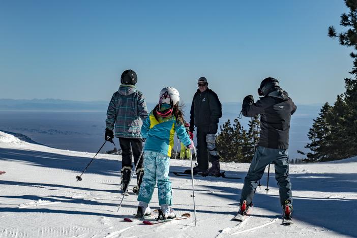 20190316_MHE reopens blue sky Yeti Park Runs over a foot of fresh snow0092.jpg