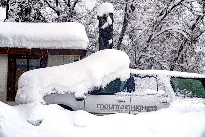 20200410 Good Friday Snowstorm COVID19 15_138 Wrightwood MH___413.jpg